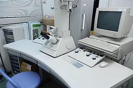 透過型電子顕微鏡①